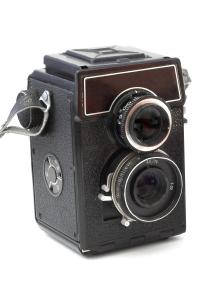 Twin lens reflex medium format film camera